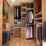 Вместительная кладовка для одежды
