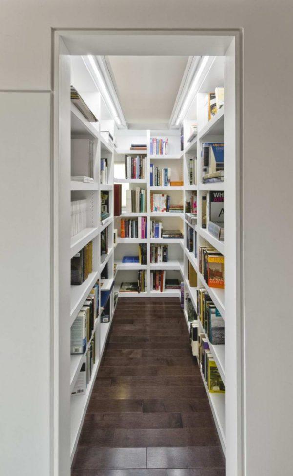 Хранение книг в кладовке