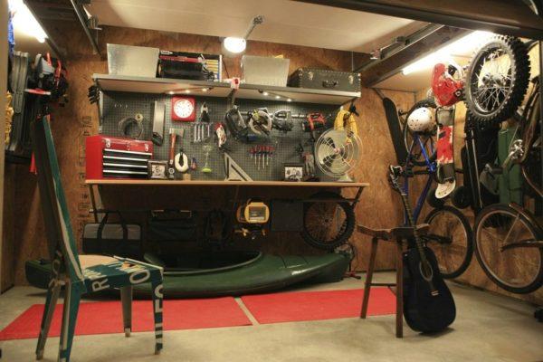 Кладовка в подвальном помещении