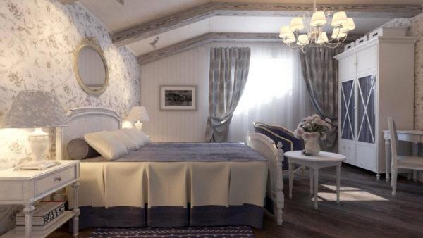 Кованая люстра в спальне в стиле прованс