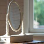 Винтажное настольное зеркало