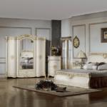 Белая мебель в светло-сером интерьере