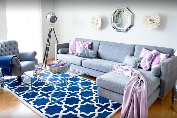 Синий ковер в стиле фьюжн для гостиной
