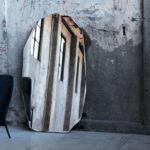 Зеркало в интерьере лофт